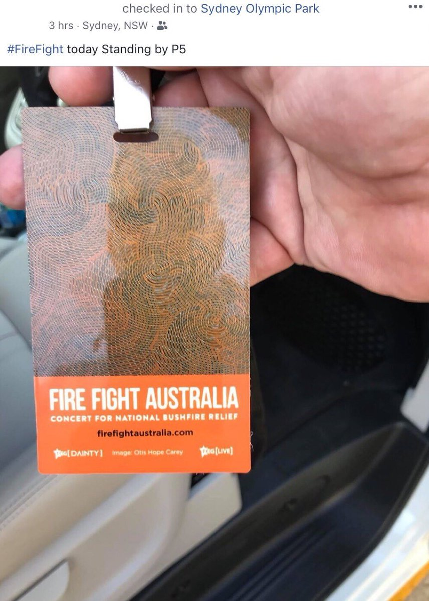 #FireFightAustralia:23 artists & bands 1400 workers production stagehands riggers audio lighting video backline stage managers volunteers 35 trucks 23 media & marketing companies 22 production companies 8 catering companies and 7 car companies - Thank you! pic.twitter.com/mVhPCfgolY