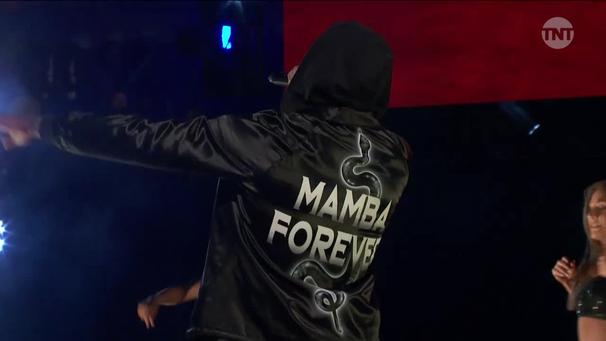 "Dame rocking a ""Mamba Forever"" jacket on stage with Lil Wayne 🔥"