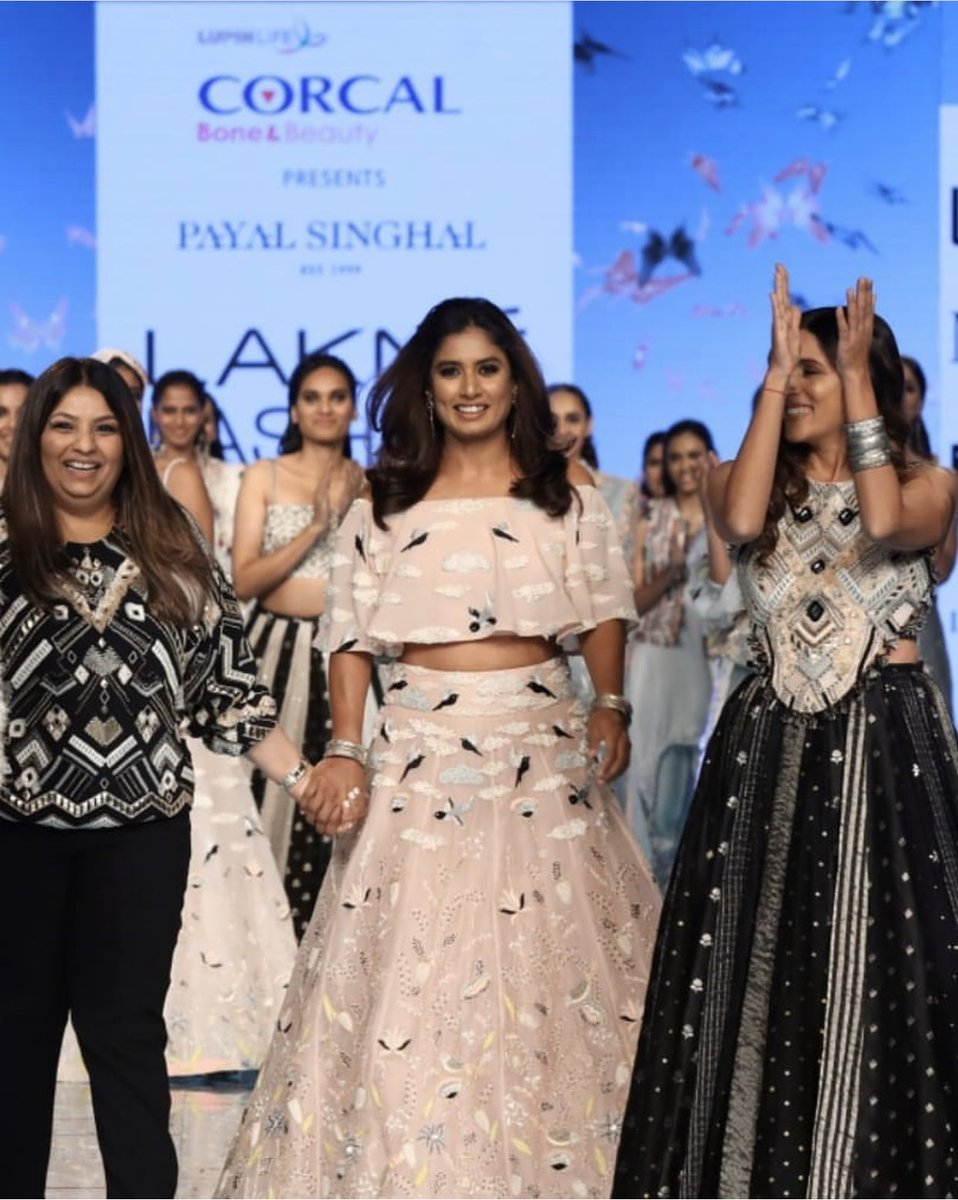 The coming together of @payalsinghal & @corcalforbeauty was such an apt collaboration, celebration the beauty in strength. We focus so much on looking good that we forget to 'feel' good!  Strong is beautiful !