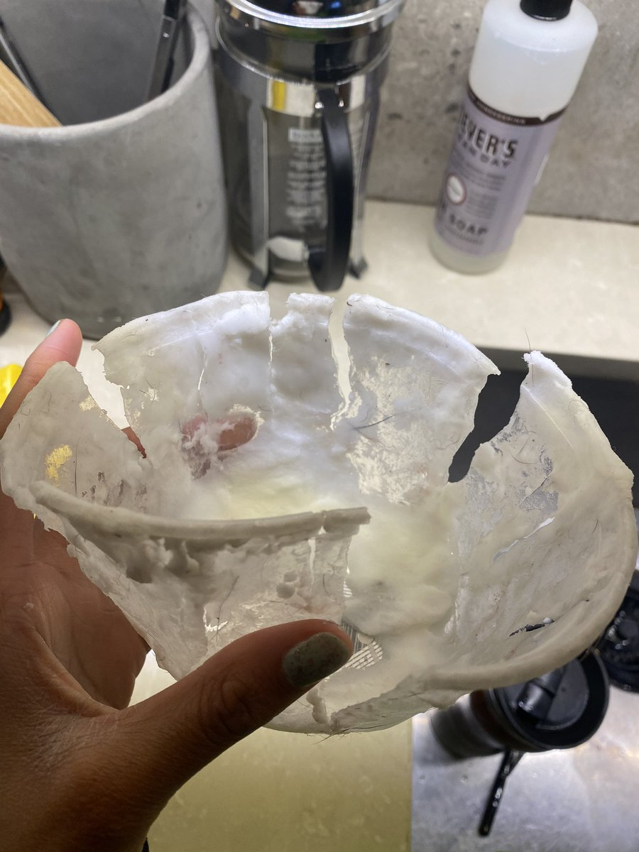 This nigga really ate my whole tub of Shea butter...a whole pyscopath bruh