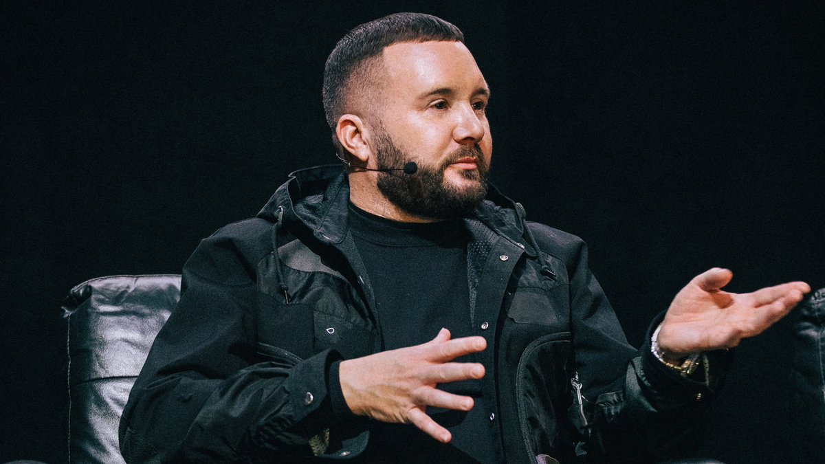 """""""I think you should try to expand your style. Don't be afraid to take big risks."""" - Kim Jones"""