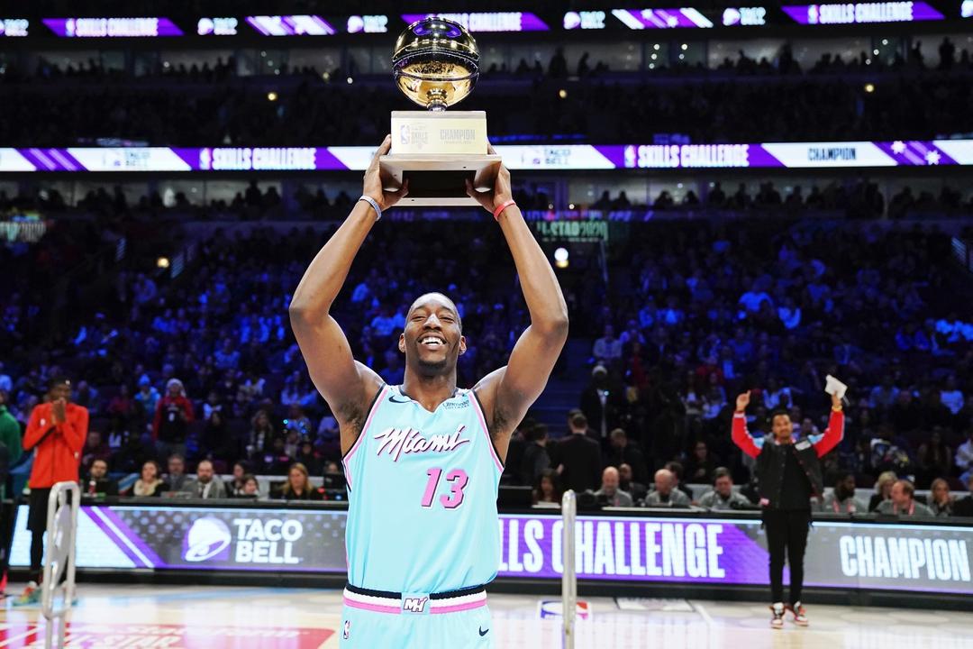 A former @KentuckyMBB player has won a major award in five straight @NBAAllStar weekends.