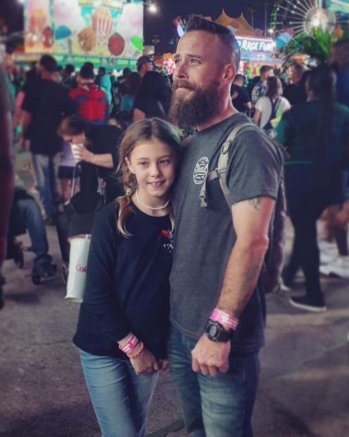Deep-Fry it and Call it a Day!  #beard #bearded #beardeddad #floridastatefair #awesomesauce #lovethislife #dadlifepic.twitter.com/A54gTWo16v