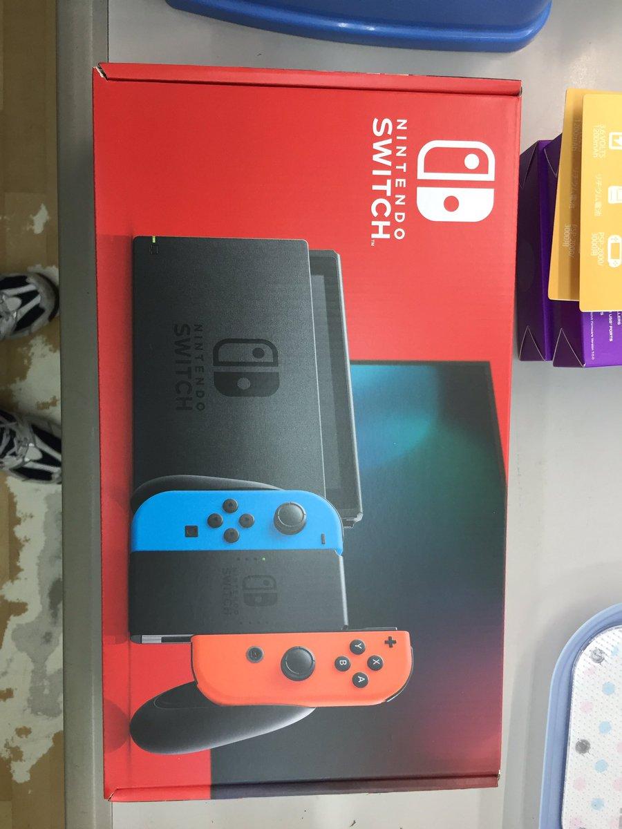 Switch 本体 定価 任天堂