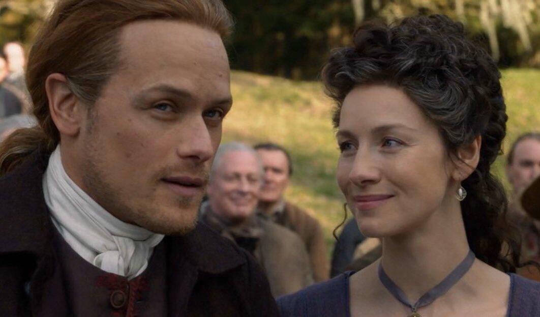 """""""Brave face, darling""""   #ClaireFraser ?? Or #CaitrionaBalfe?? 🤷🏻♀️ #outlander #TheFrasers"""