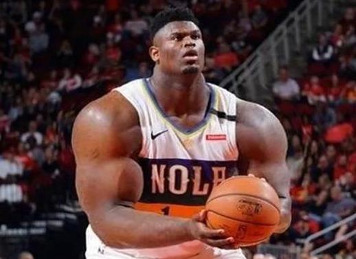 最近NBA球星的肌肉P圖火了!現實中的滅霸詹姆斯,胖虎像相撲選手,周琦以假亂真!
