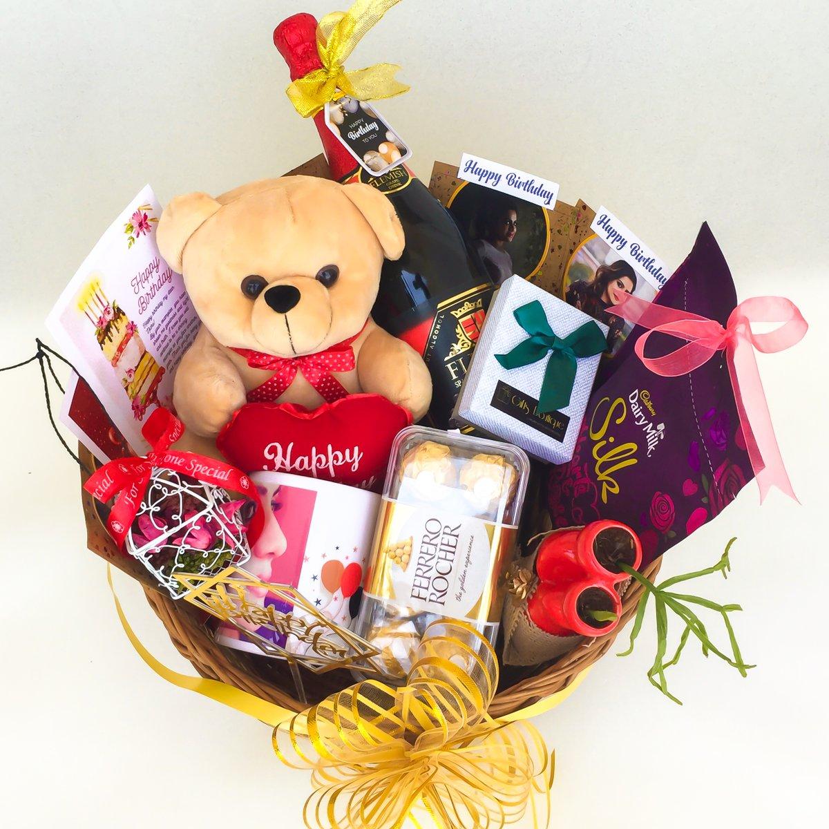 Special customized birthday hamper for @cindrella_jacob  #birthdaygirl #birthday #special #giftsets #specialoccasions #birthdayhamper #kochindiaries #kochigifts #keralam #keralagram #keralagallery #keraladiaries #kochigrams #goodgifts #hampers #birthdayspecial #ernakulamdiariespic.twitter.com/kkVuhf8lMr