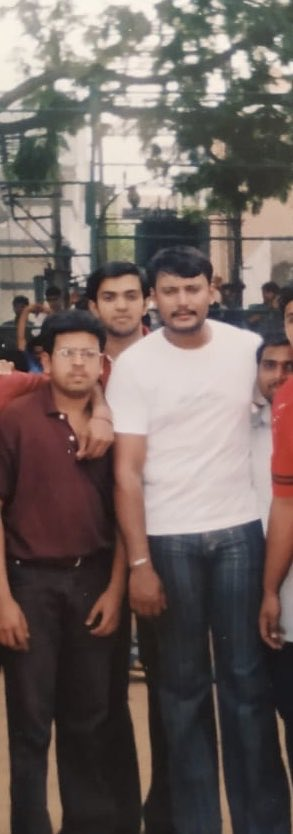 15 years back ! During Jothe jotheyali shoot 🙌 Me & Darshan sir :) Happy birthday challenging ⭐️ @dasadarshan Have a fantastic year ahead ✌️My best wishes  to #Robert 👍