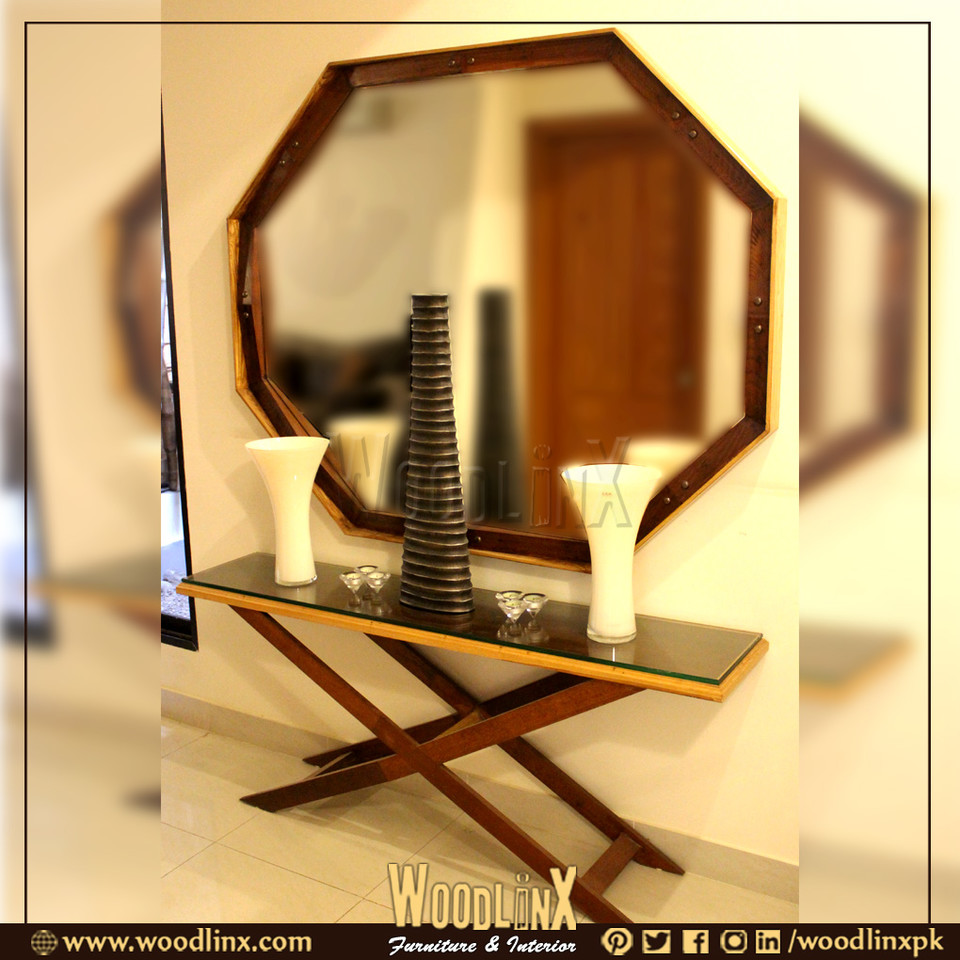 This lovely Console by woodlinxpk is perfect for anchoring a bold Vase, some scented candles and a decoration pieces.   #console #consoletable #consolesetup #consoleandmirror #mirror #mirrormirror #mirrormirroronthewall #mirrorselfie #woodlinx #woodlinxpk #woodlinxpkdesignpic.twitter.com/vqASSjPs4h