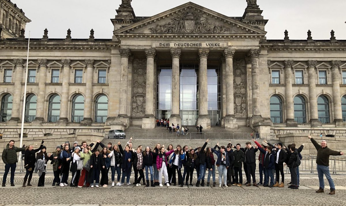 The year 11 history group have had a fantastic time in Berlin. Here they are visiting the Bundestag.