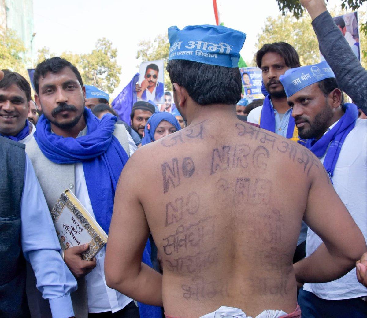 """भीम आर्मी भारत एकता के प्रमुख @BhimArmyChief के द्वारा बुलाये गए """"आरक्षण बचाओ, संविधान बचाओ"""" मार्च को सफल बनाने के लिए आप सभी का आभार।सभी साथी 23 फरवरी को भारत बंद की तैयारी में जुट जाएं।@Bhimarmy_BEM#आरक्षण_भीख_नही_अधिकार_है"""