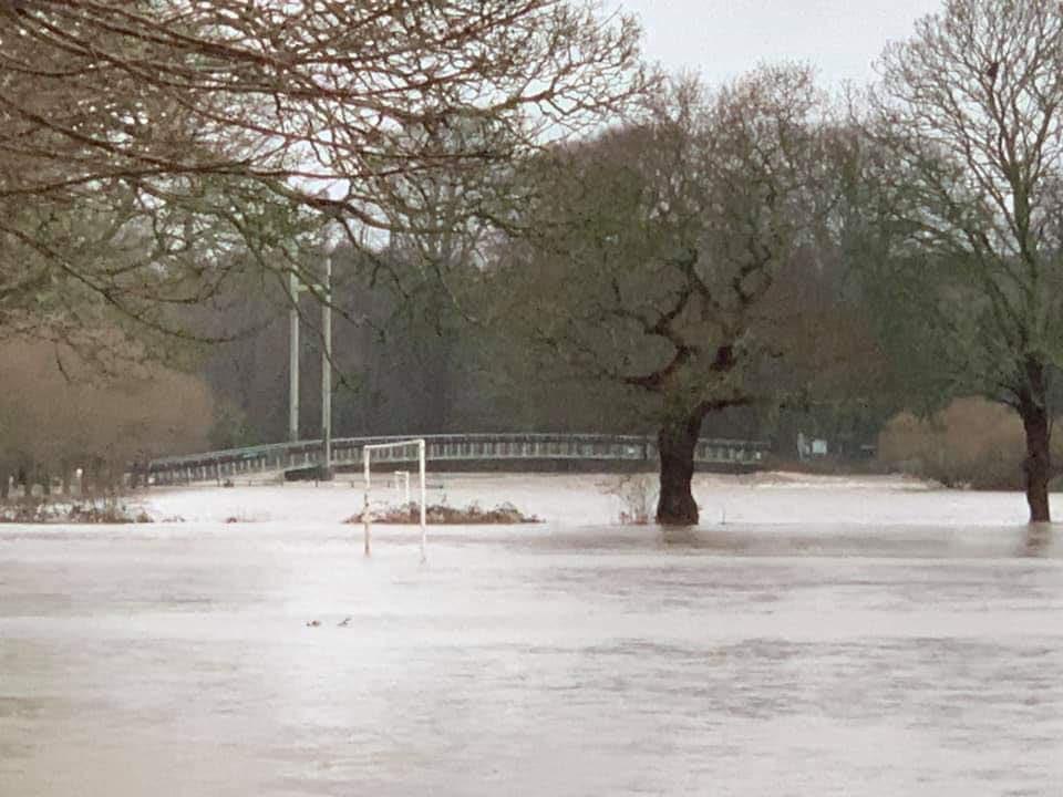 Pontcanna Fields, Cardiff underwater this morning after Taff bursts its banks at Blackweir. Photos by Geoff Gobody/Jemima Tulip on FB. #StormDennis<br>http://pic.twitter.com/EBB5lVxYRg