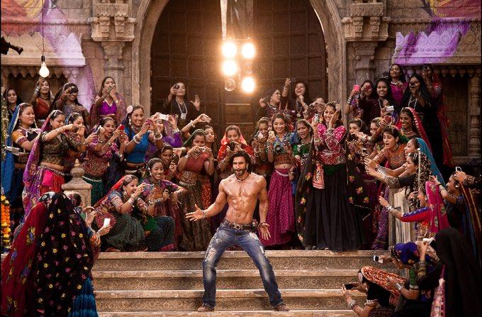月曜日が憂鬱な人類はインドの「ロミオとジュリエット」のロミオがひたすら格好いい!最高!って讃えられる登場ソングを観るとよいです