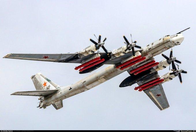 "Tu-95MS ""Bear"" - Page 7 EQ5t1lwX0AA-nlj?format=jpg&name=small"
