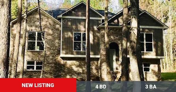 Here's a new listing on the market. Get in touch with me if you're interested at (205) 223-6025!  #Birmingham #Homes #forsale #homebuyers #AL #buyers #sellers #birminghamalabama #remax #realestate https://www.homeforsale.at/89_TYLER_RD_zth8z-1xj7 …pic.twitter.com/aklWRstEnC