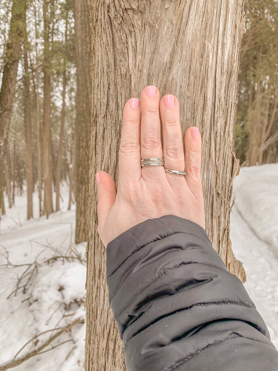 During a little retreat with my blog family @tobloggers I learned that my search for spirituality and my choice of 360 in my name is actually in my DNA! It's written in the stars! @visitYDH @DurhamTourism   #mediahosted #visitYDH #DurhamTourism #torontobloggersco #discoverON pic.twitter.com/KCsaDSXmge