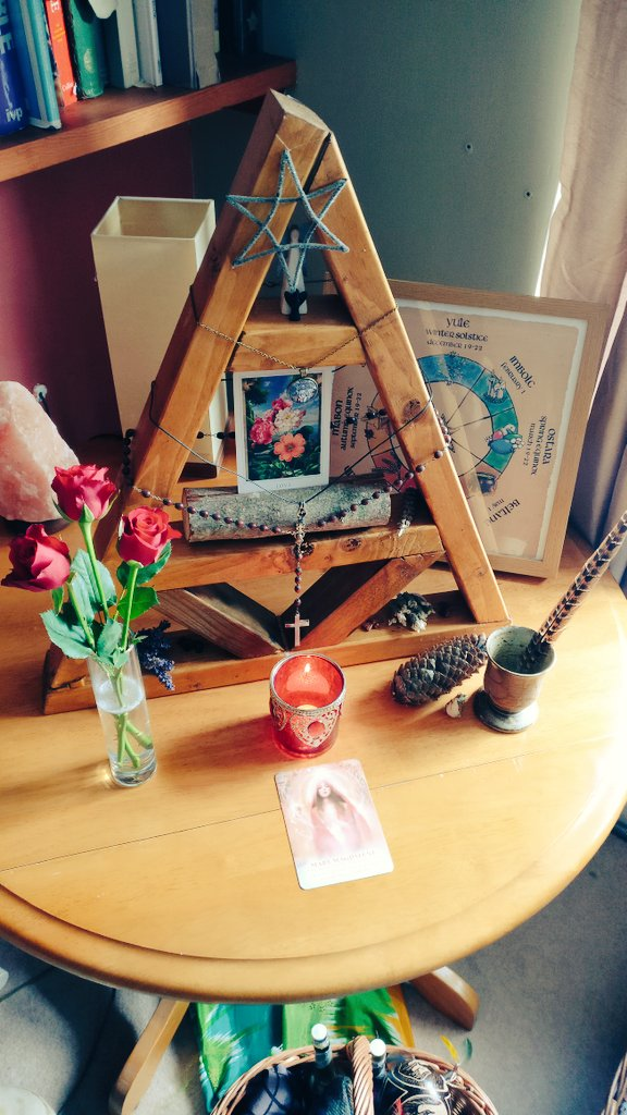 Setting up my altar and hearth to honour the Magdalene Triple Flame this week  @goddess_rising @woman.rising @achintyadevi #altar #hearth #magdalene #marymagdalene #tripleflame #priestesspath pic.twitter.com/IQDc2EAoe1