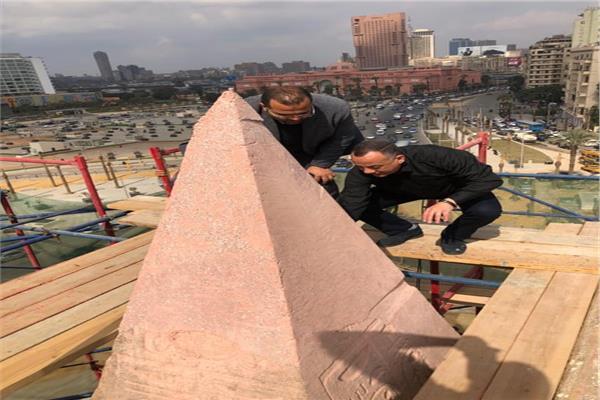 «وزيري» يتفقد أعمال الترميم الدقيق لمسلة #ميدان_التحريرhttp://bit.ly/3bGZocK