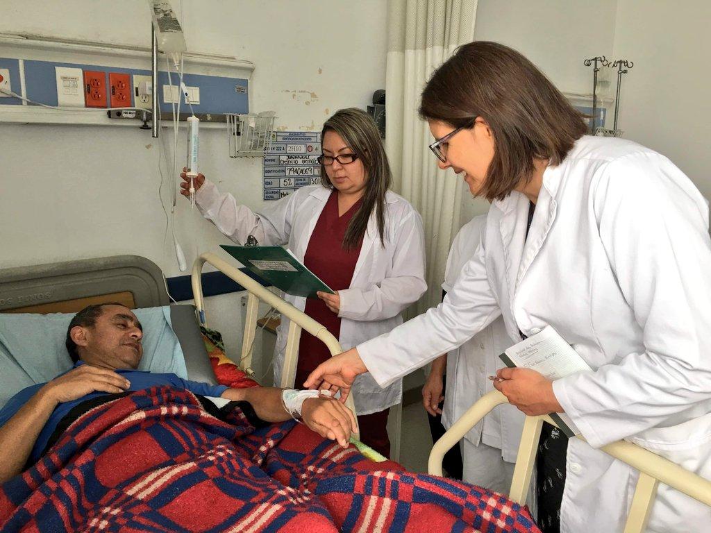 Nuestros profesionales de Gestión clínica excelente y segura, todos los días trabajan para que el tiempo que nuestros pacientes están en alguna de nuestras unidades sea de calidad pic.twitter.com/CFUQ8NTjOo