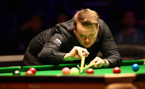 At the end of the first session in the Welsh Open final, Shaun Murphy leads Kyren Wilson 7-1.We'll be back at 19:00 GMT for the evening session.👉http://bbc.in/2HrFSD7 #bbcsnooker