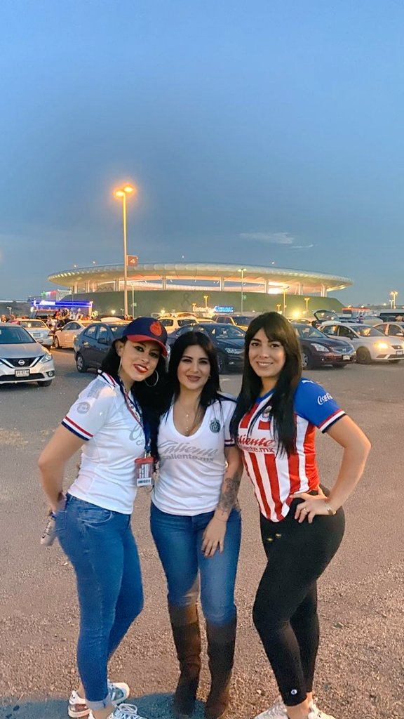 @RaKeLuZ's photo on chivas
