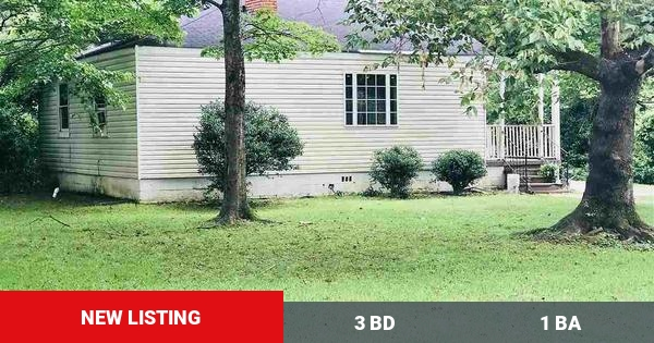 Here's a new listing on the market. Get in touch with me if you're interested at (205) 223-6025!  #Birmingham #Homes #forsale #homebuyers #AL #buyers #sellers #birminghamalabama #remax #realestate https://www.homeforsale.at/944_MEADOWBROOK_DR_zth8y-1xj7 …pic.twitter.com/ugkOvjvYpo