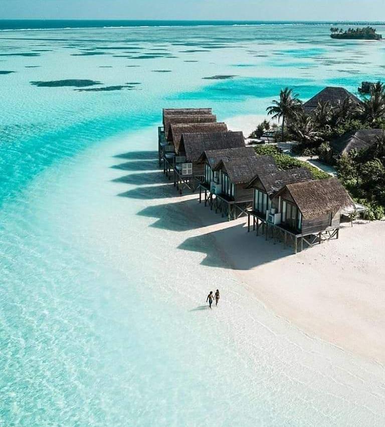 Maldives  I wanna wake up here!   Shop ---->http://TheCaribbeanHut.com  #beaches #beachlover #oceanlover #sealovers #beachvibespic.twitter.com/V7Dm1apxHz