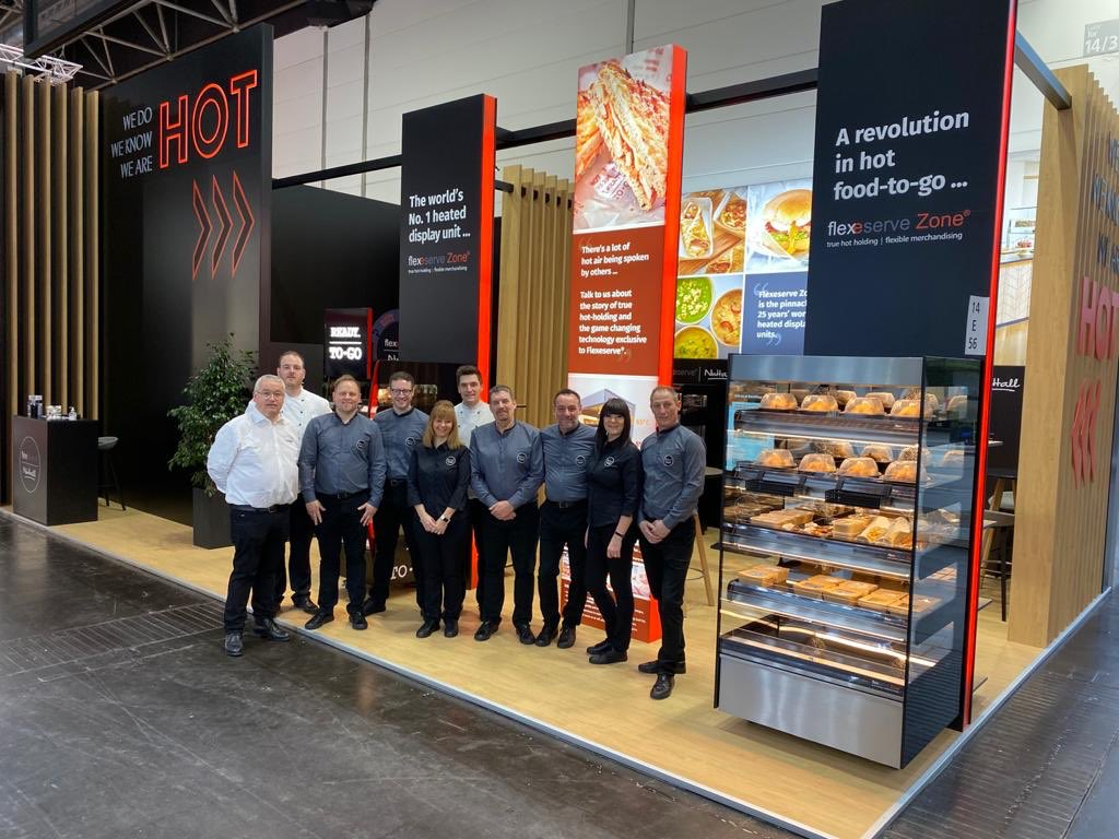 Our flexeserve® team have been non-stop letting you know exactly what's hot! We have had a brilliant first day at #euroshop2020! #flexeservezone https://t.co/UhKxLLbsSp