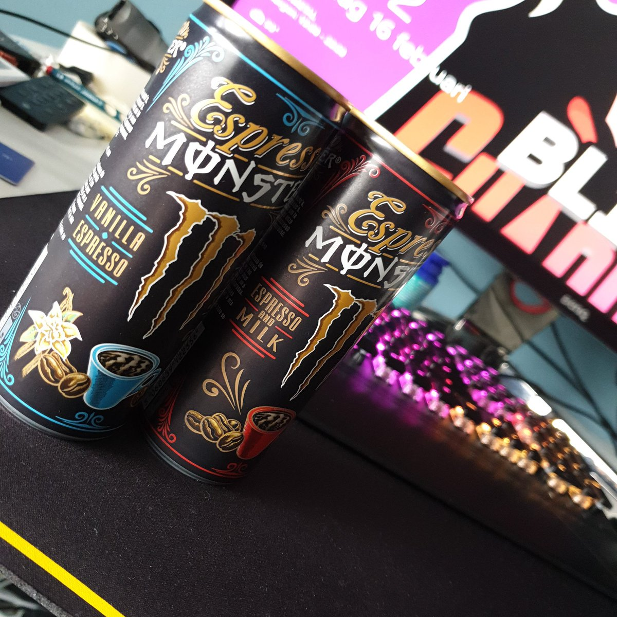 @MonsterEnergyNL  Didn't know we would have this in the Netherlands, thank you monster for making something that wakes my a** up :)  #espresso #gamers #firstphoto pic.twitter.com/5TZkWHXPeX