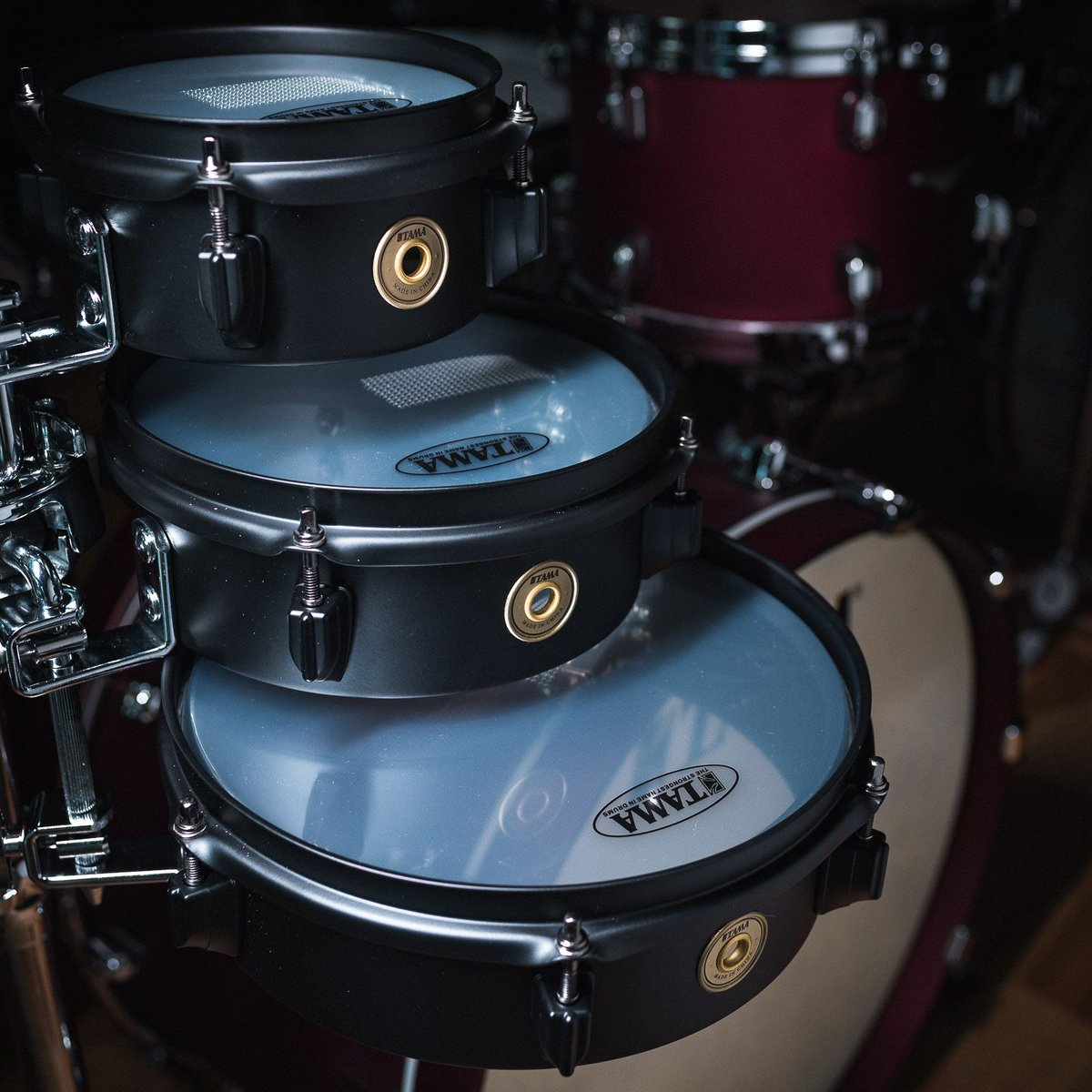 Explore new sounds with the new Tama Metalworks Effect Series snare drums in Matte Black, offered in 3x6, 3x8 & 3x10. Take your pick! http://bit.ly/31ToUqF . . . . . #tama #tamadrums #snaredrumfreakz #drumshop #drummer#drummers#drum #drumsdaily#drumsquad#drumfam #drumspic.twitter.com/4hzLuc0kHb