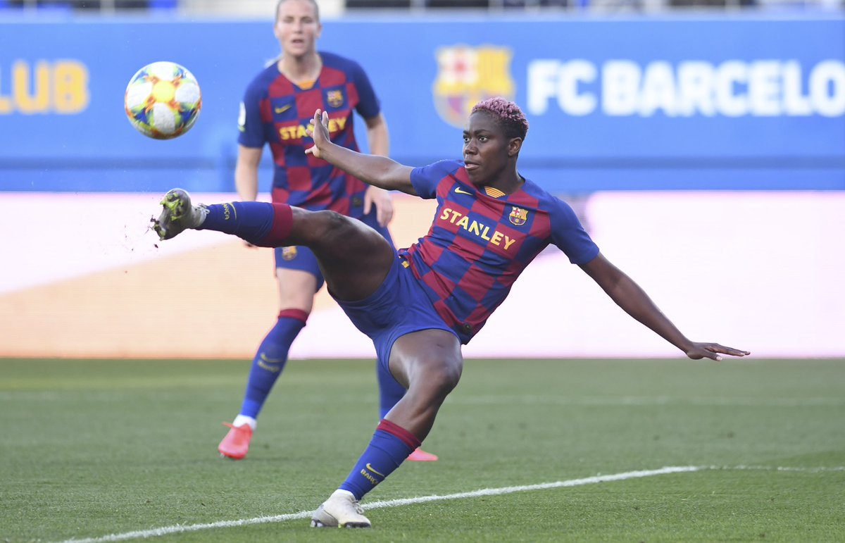 Another day at the office , great team work again .... we keep going 💪🏾 VAMOSS @FCBfemeni 🔵🔴🔵🔴 ⚽️⚽️