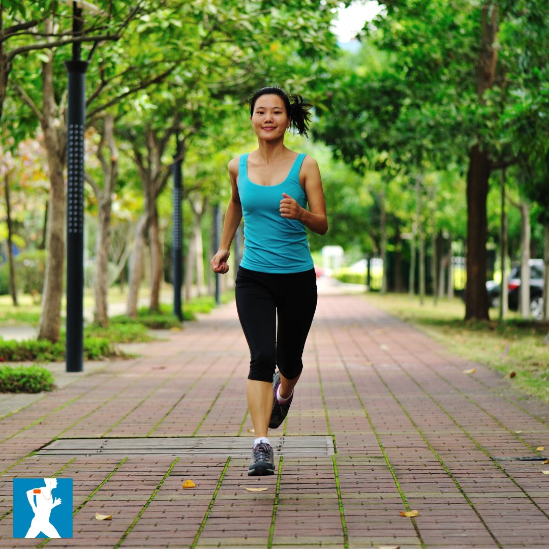 It's #SundayRunday! 🏃♀️🏃♂️Who's pounding the pavement today? Bring #RunningTrainer with you and don't forget to tag us in your workouts! Head over to the app store to download our app for FREE or click the link below!  👉  #LetsRun