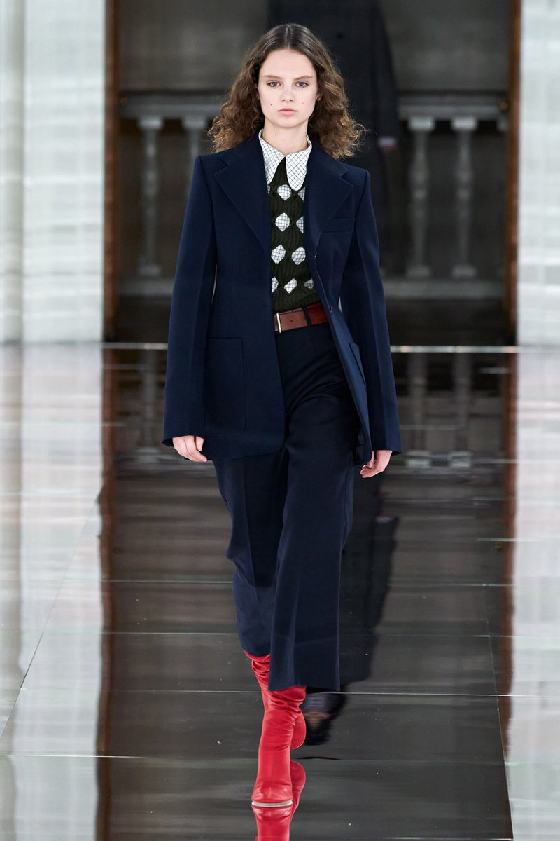Take a look at the Victoria Beckham Fall 2020 Collection #VBAW20