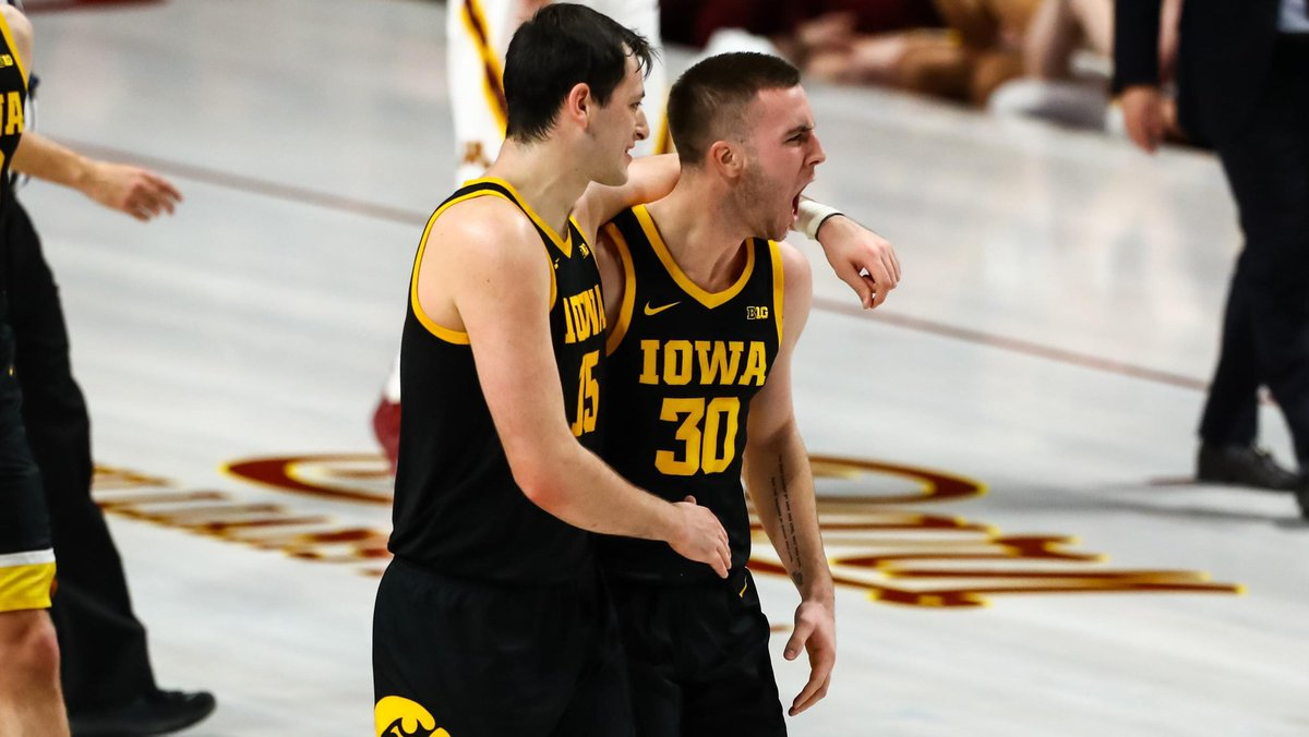 Connor McCaffery, the nation's leader in assist-to-turnover ratio, had seven assists with zero turnovers, to go along with six points and four rebounds in 39 minutes of action in today's win at Minnesota. #Hawkeyes <br>http://pic.twitter.com/ZAYNC3t7f2