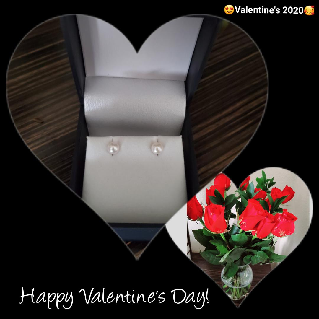 Had such a great Valentine's! My husband is so romantic!  He got me some pearls I mentioned I was thinking on buying so I could wear with my dress blues.. AND he sent roses to my room here on base  #happyvalentines2020 #ArmyLife #WOBC #FortLeonardWoodpic.twitter.com/xpF38INSr4 – at Holiday Inn Express Morelli Heights