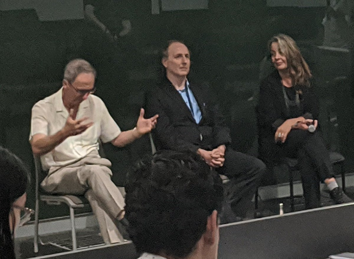 reflecting David Karoly's #glasshalffull approach to #climatecommunication, on Weds #ASC2020 we're sharing how he helped convert a sceptic politician #auscicom http://asc2020.asc.asn.au/how-a-climate-change-sceptic-politician-changed-their-mind/… https://osf.io/fmu7d/pic.twitter.com/Bcsk20nR7C