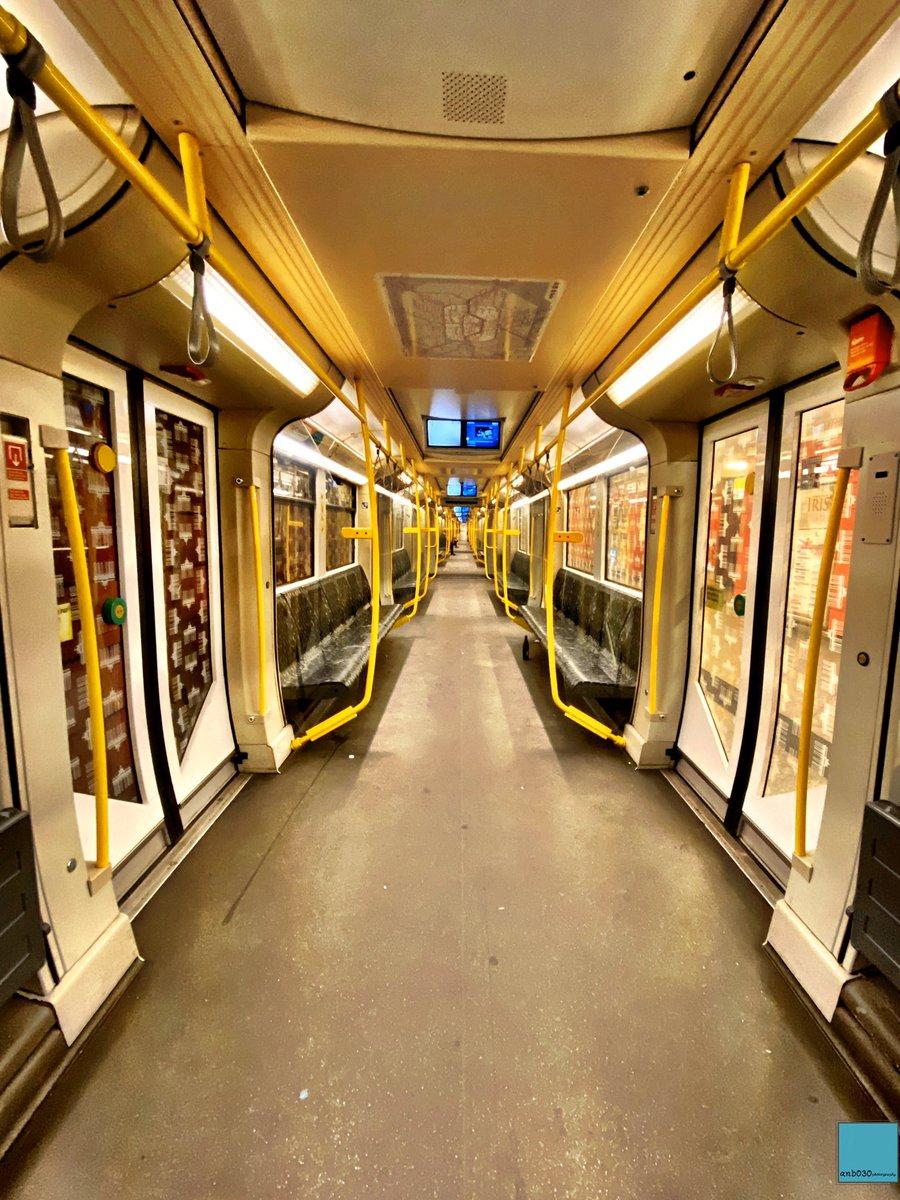 #Hello #Berlin! The #symmetry of the #underground. ☻ And the big empty one. #weilwirdichlieben @BVG_Ubahn #subway #berlinpage #diestadtberlin #wonderlustberlin #topberlinphoto #visitberlin #urbanandstreet #urbanromantix #shotoniphone #CityLife #StreetPhotography #station #travelpic.twitter.com/HigzzlMXSX