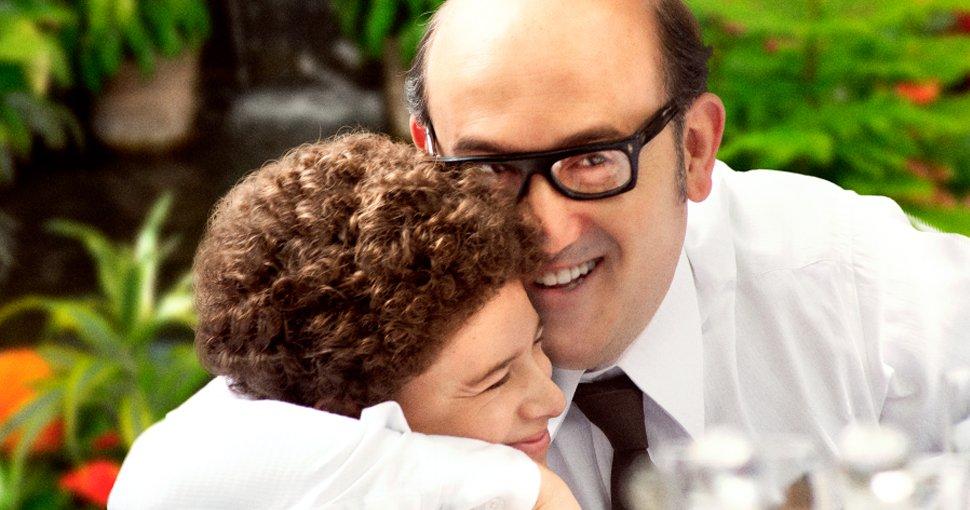 Merecido homenaje al Dr. Héctor Abad llevar su vida a las grandes pantallas es un honor @hectorabadf. Cine #Español de calidad. No me la perderé por nada #Elolvidoqueseremos un texto para leer y volver a leer. @CaracolTV