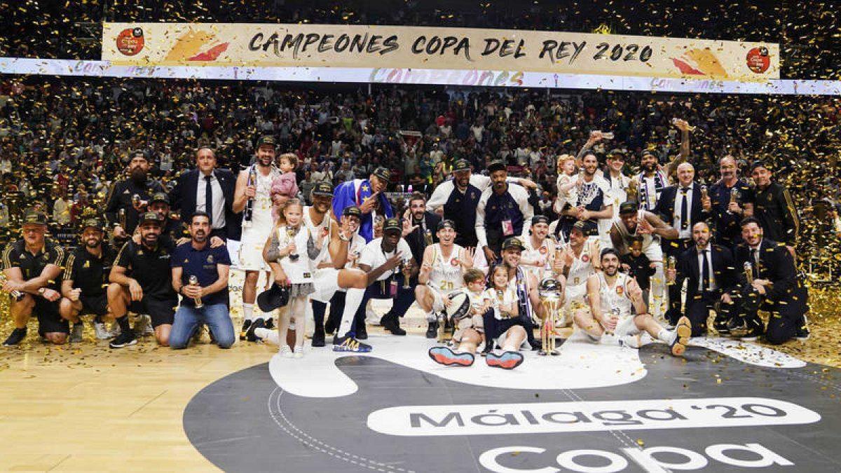 Real Madrid se coronó campeón de la #CopaACB >>> https://www.cdeportiva.com/2020/02/real-madrid-corono-campeon-copaacb/…