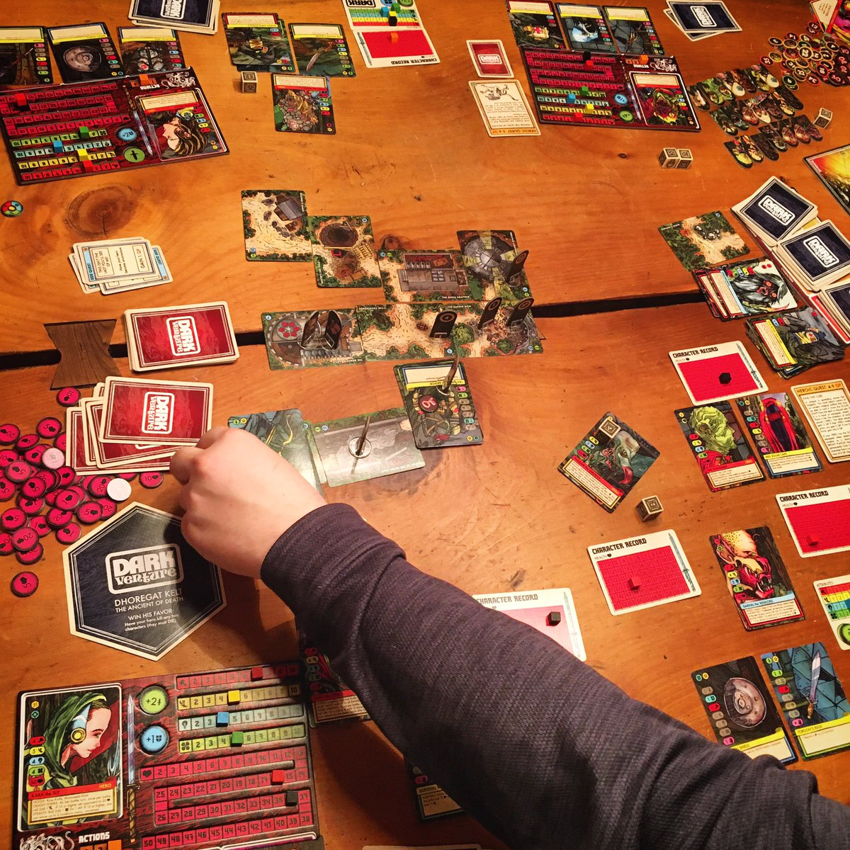 Tonight we are playing some #DarkVenture! How's your Saturday night going? Anyone else having a #gamenight? pic.twitter.com/yWlgmQyxvl