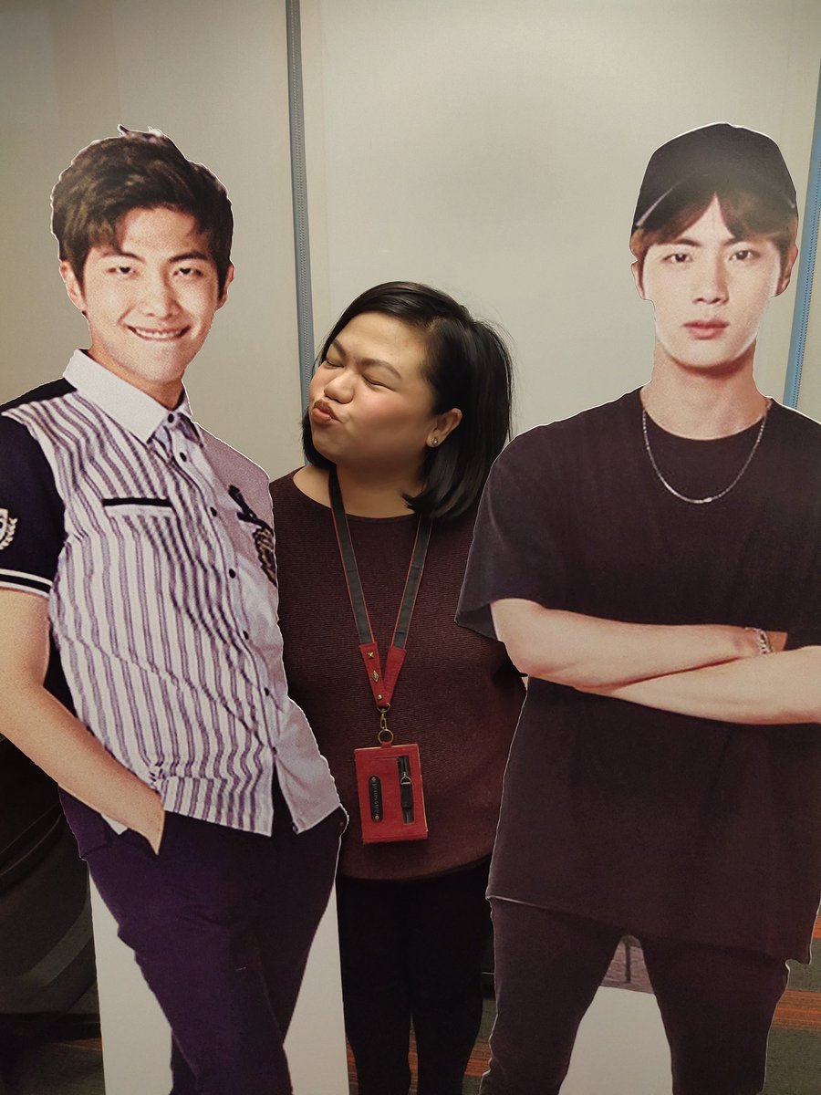 Look who greeted me at the office today! What a way to start your Monday! 😚@BTS_twt #BTS #7DAYSUNTIL7