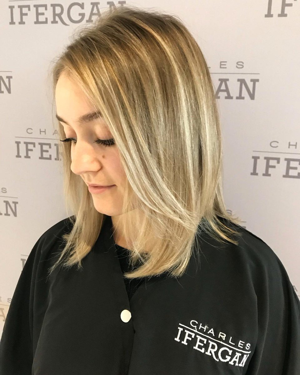#Balayage that will blow 'em away, by Emily at our Deerfield salon. New clients enjoy 40% off a classic balayage and blowout. #CharlesIfergan ___ #chicago #oakbrook #deerfield #chicagohair #salon #hair #hairstyle #chicagosalon #chicagohairsalon #modernsalon #behindthechairpic.twitter.com/mKm82gd2s6