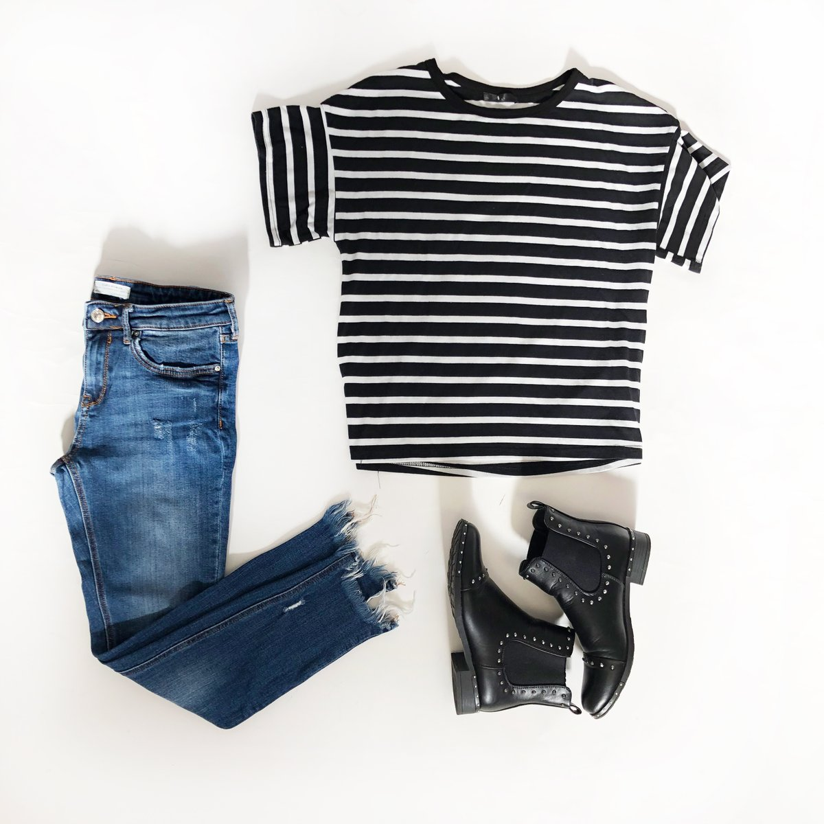 Get cozy mit unserem OOTD-Stimmungsbooster zum Montag!   Die Wahl unseres Outfits jeden Tag einen entscheidenden Einfluss auf unsere Stimmung und unser Selbstbewusstsein. Schaut vorbei bei http://www.micolet.de und endecke Outfits, die zu deinem Alltag passen! #OotdStylepic.twitter.com/CClz7X5fzI