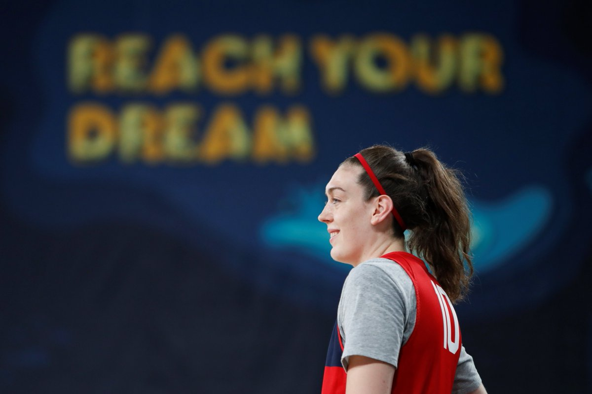 """Everything happens for a reason, even if I don't know the reason."" - @breannastewart   #MondayMotivation"
