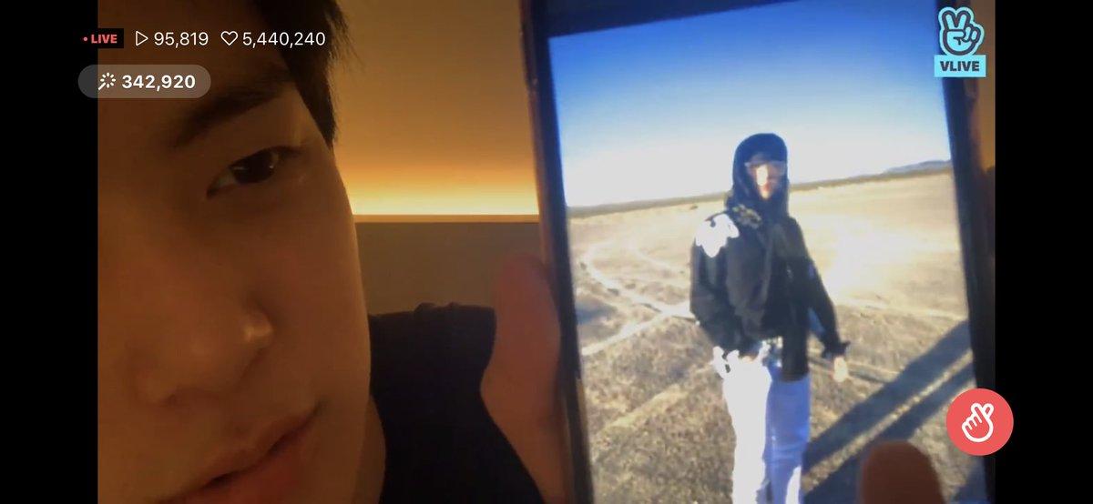 ~ Sweet Vlive|🤳🏻🐹| 17.02.2020 Nosso raio de sol mostrou algumas fotos que ele tirou do Kiki durante sua live ☀️ ♡9hamster3   #KIHYUN #기현 #MONSTAX #몬스타엑스  @OfficialMonstaX