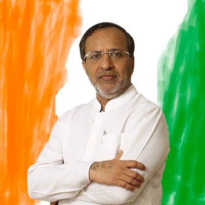 गुजरात कांग्रेस के पूर्व प्रमुख आदरणीय श्री @arjunmodhwadiaजी को जन्मदिन की हार्दिक शुभकामनाएं । परमात्मा से दीर्घायु और स्वास्थ्य जीवन की प्रार्थना।pic.twitter.com/Q9vu45DXoP