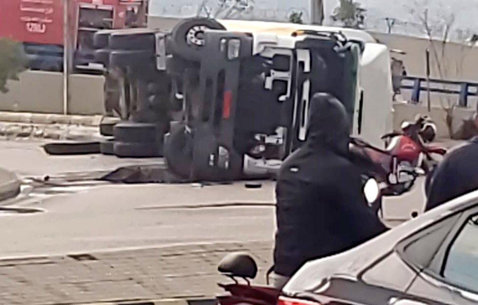 انقلاب شاحنة عالكوكودي