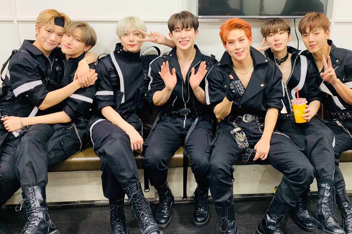 #sevenisthehappiestnumber  #MONSTAX  #MONBEBE #AllAboutLuv #AllAboutLuvOutNow  #OfficialMonstaX  #STARSHIPent  #Epic_Records