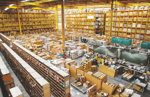 #Warehousing & #Storage #Services Demanding Research 2020  Know Demand Insights @ http://bit.ly/2OX0UNV  @DHLUS @goeo_ @dhlexpressuk @cevalogistics @MoraiLogistics @Kuehne_Nagel @UPS @apllogistics @FedEx @americold @info3gwhsecom @MSCCargo @msccruises_pr  #SCM #supplychainpic.twitter.com/rx7VFpm0NI