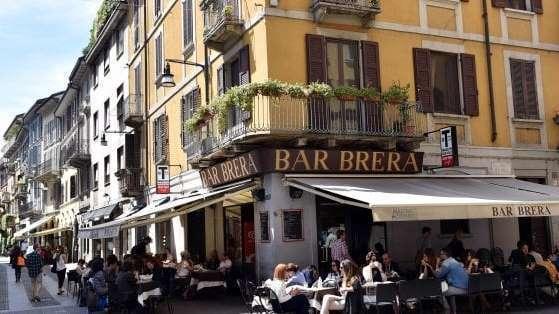 Brera, Quadrilatero e Bosco Verticale: a Milano vola il mercato delle case di lusso da 14mila euro al metroquadro https://venti4ore.com/brera-quadrilatero-bosco-verticale-milano-vola-mercato-delle-case-lusso-mila-euro-metro-quadro/…pic.twitter.com/0z9uf8LaE0